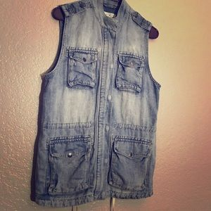 Lucky Brand Jean Vest Small - NWOT